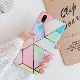 Husa marmura cu aplicatii geometrice pentru Huawei Mate 20 Lite Rainbow