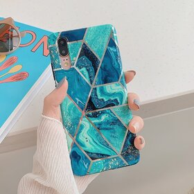 Husa marmura cu aplicatii geometrice pentru Huawei P20 Pro Blue