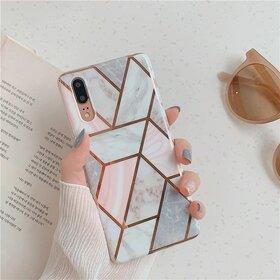Husa marmura cu aplicatii geometrice pentru Huawei P30 Lite Rose Gold