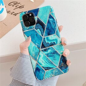Husa marmura cu aplicatii geometrice pentru iPhone 11 Pro Max Blue