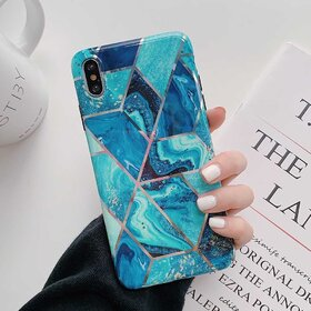 Husa marmura cu aplicatii geometrice pentru iPhone XR Blue