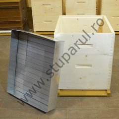 Stup vertical 10 rame hibrid practic cu panza anticondens