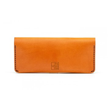 CLUTCH WALLET Brown + Leather care