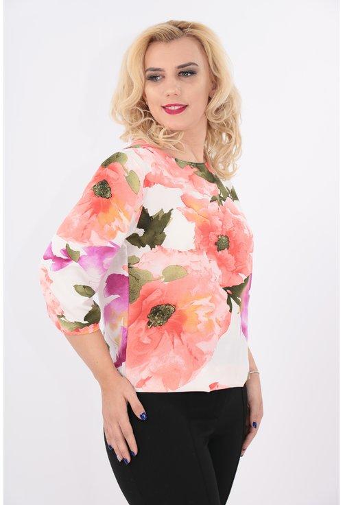 Bluza cu flori maxi roz