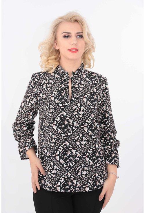 Bluza din vascoza cu print floral discret
