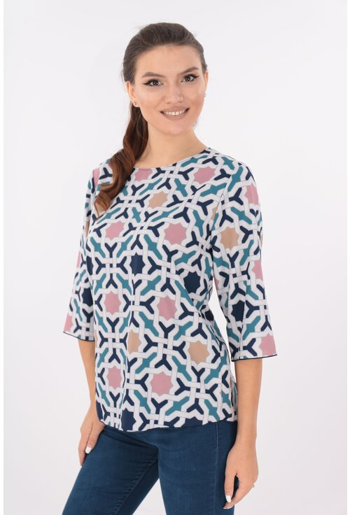 Bluza lejera alba cu desen bleumarin si rozete colorate