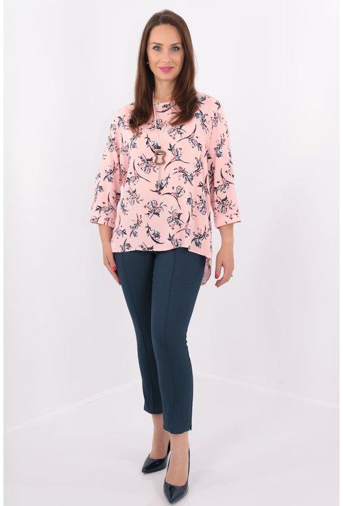 Bluza lejera roz cu print floral