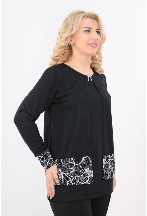 Bluza neagra cu garnitura din dantela