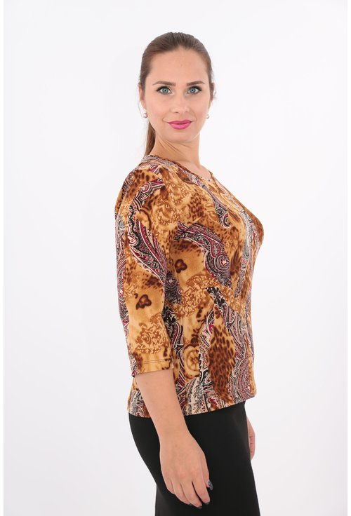 Bluza tricotata cu casmir cu print abstract rosu