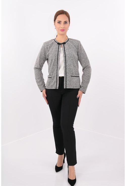 Cardigan din jerse alb cu negru