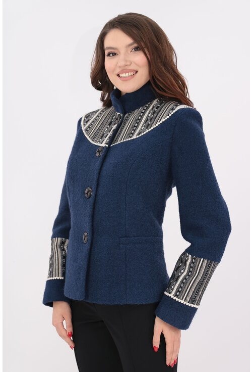 Jacheta bleumarin din stofa bucle cu motive traditionale crem
