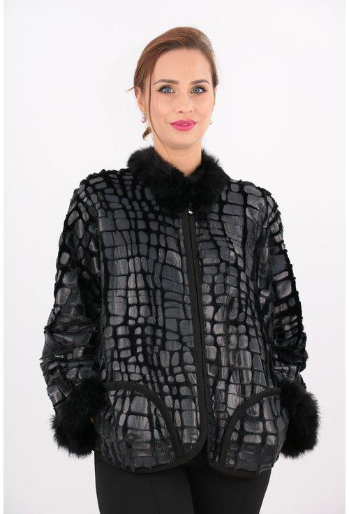 Jacheta neagra scurta cu blanita