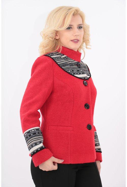 Jacheta rosie din stofa bucle cu motive traditionale