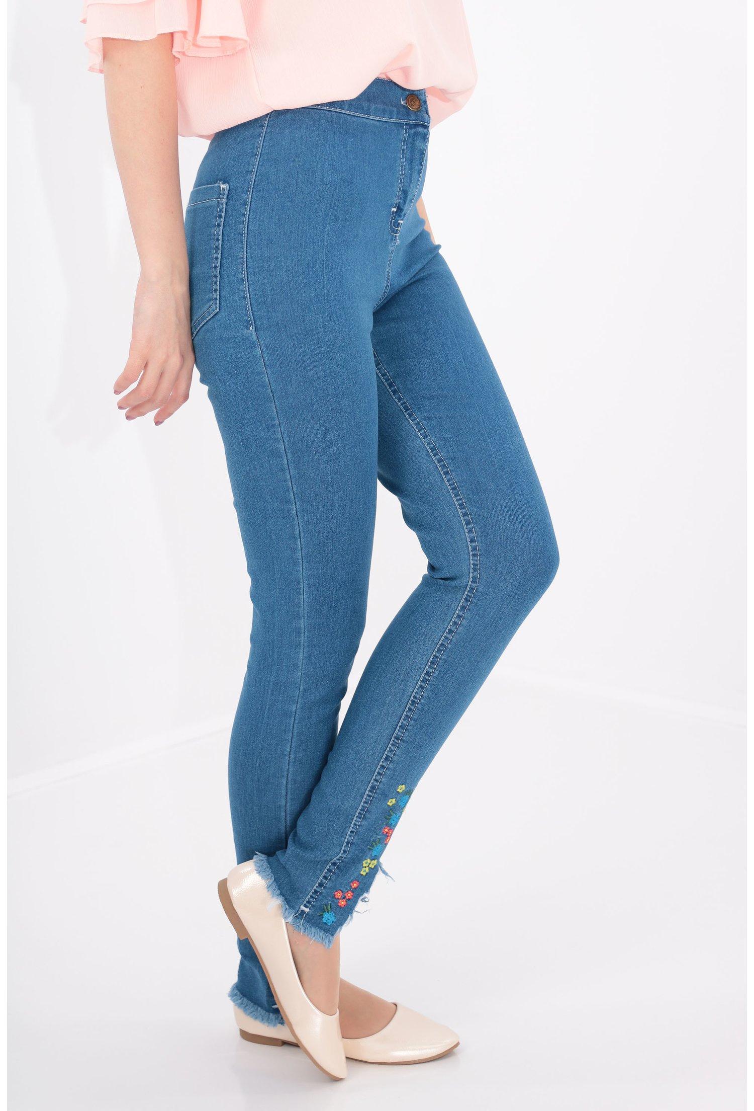 Jeans cu broderie skinny fit