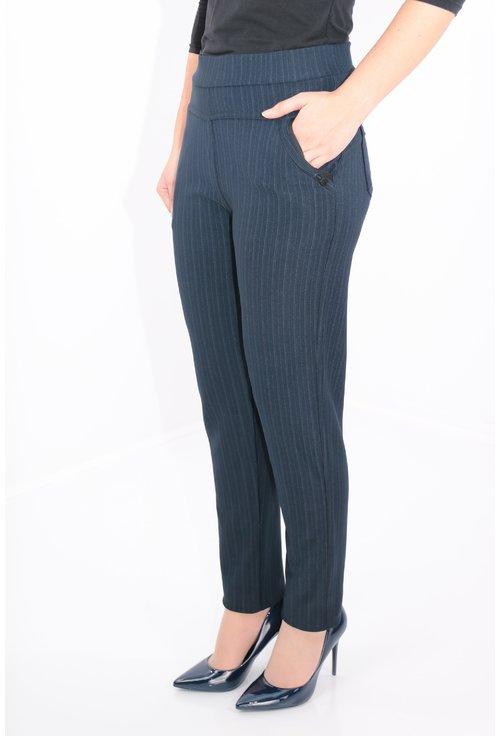 Pantaloni bleumarin cu dungi fine