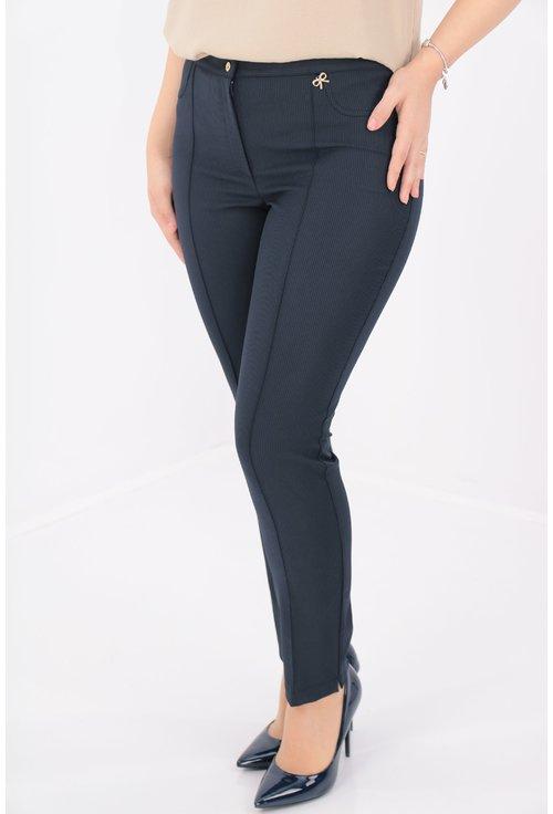 Pantaloni bleumarin cu dungi fine negre