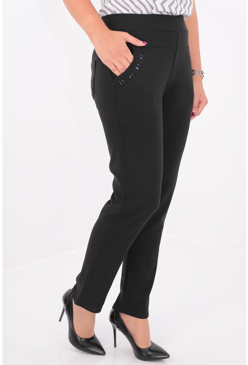 Pantaloni negri cu buzunare si strasuri negre