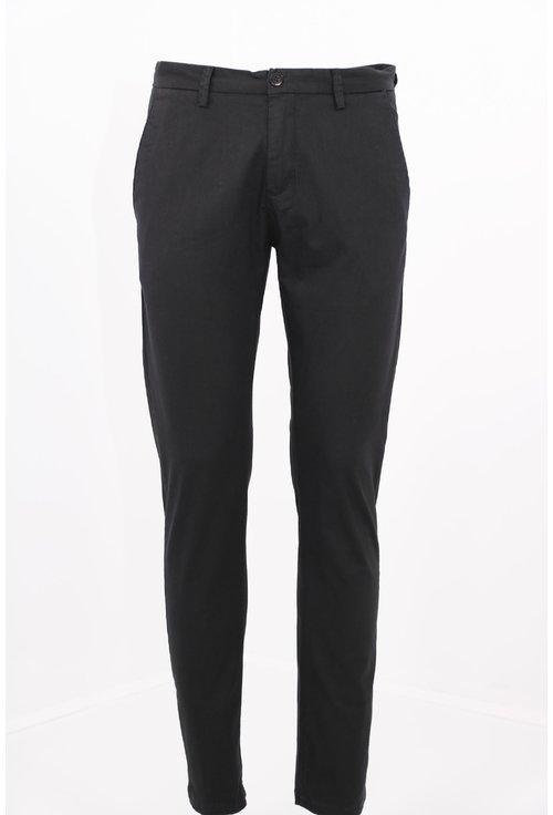 Pantaloni negri skinny fit
