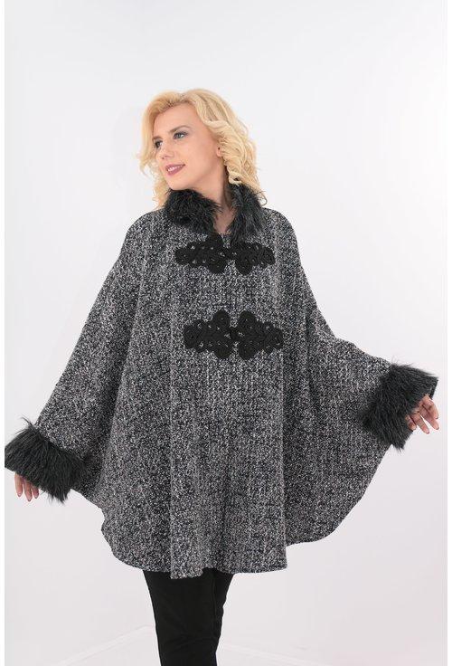 Poncho tricotat gri cu blanita gri