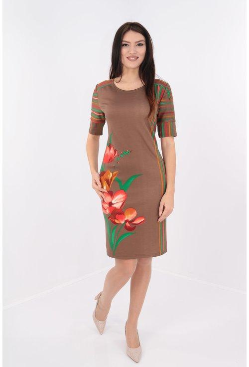 Rochie dreapta cu dungi si print floral maxi