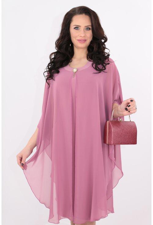 Rochie midi roz cu pelerina din voal
