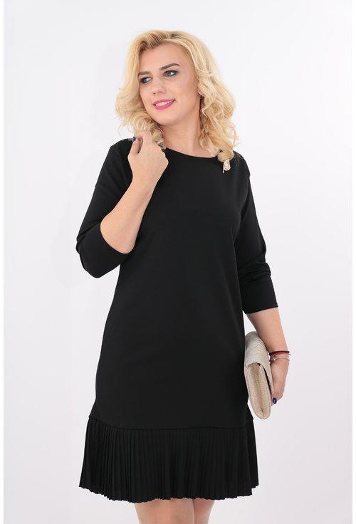 Rochie neagra cu volan plisat