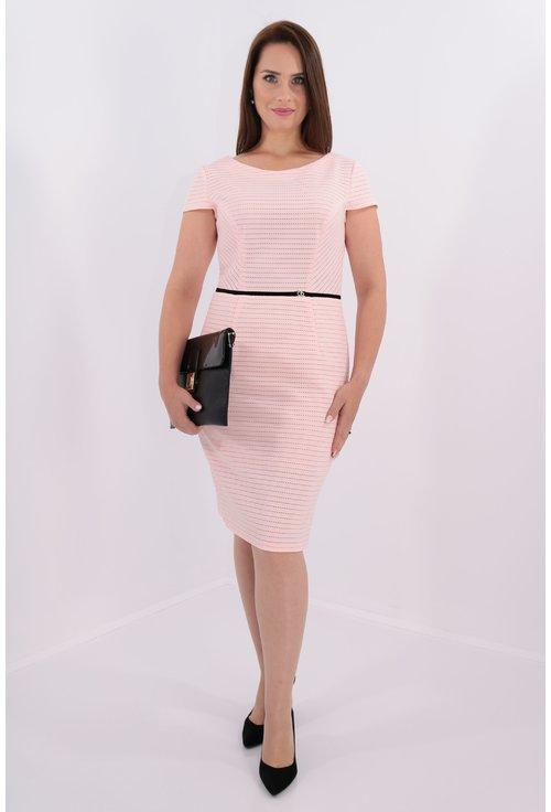 Rochie roz cu banda din catifea