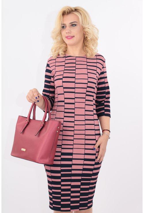 Rochie roz cu print geometric bleumarin