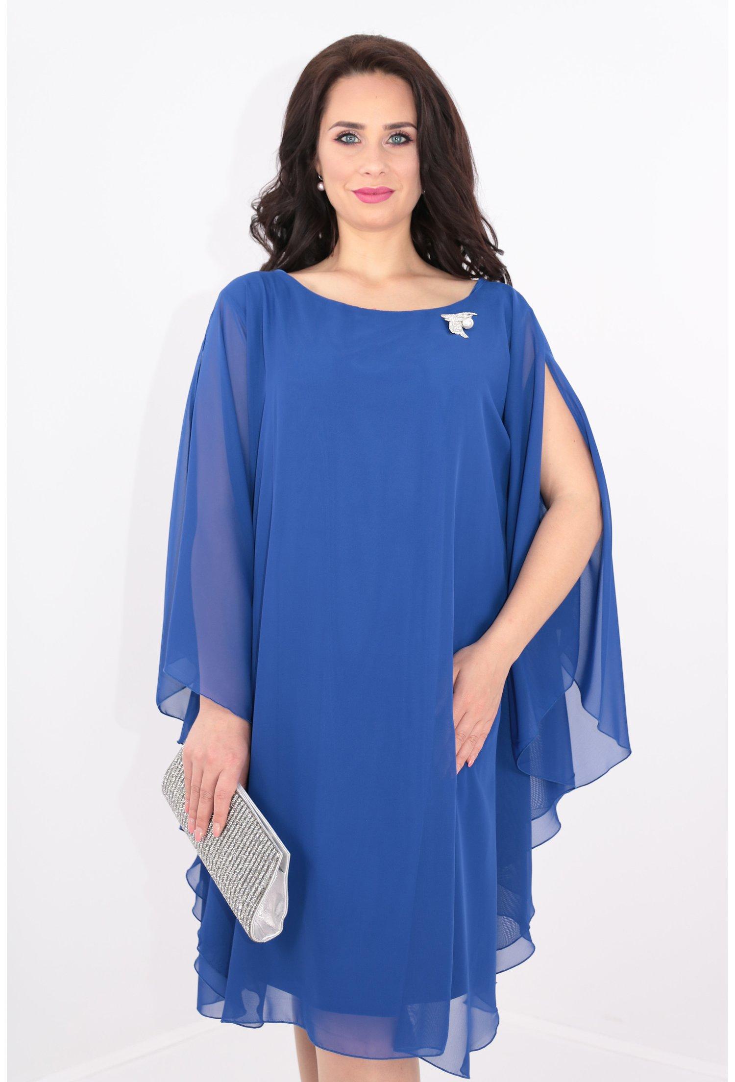 Rochie vaporoasa din voal albastru