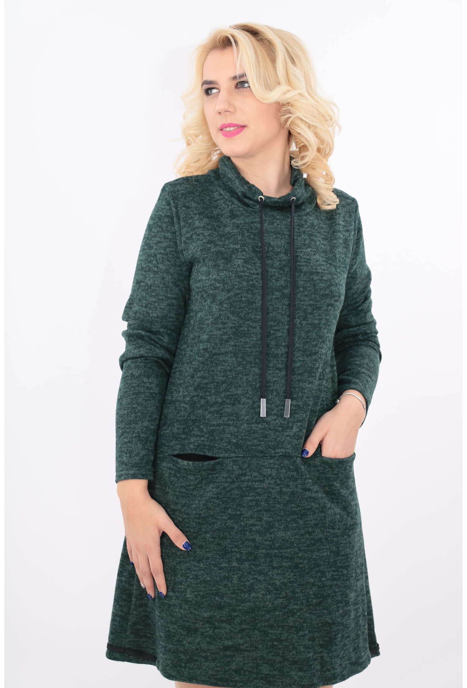 Rochie verde cu guler roll