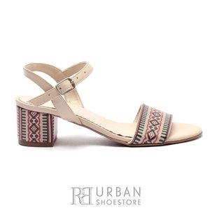 Sandale cu toc dama din piele naturala cu motiv traditional - 685-11 Bej National