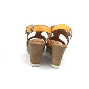 Sandale din piele naturala- 165 Mustariu Box