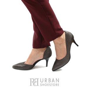 Pantofi stiletto din piele intoarsa- R40 Negru