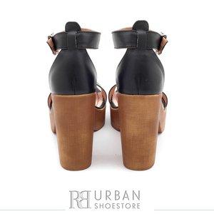Sandale din piele naturala - 039 negru