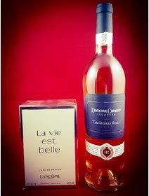 Tamaioasa Roza - Parfum La Vie est Belle, Lancome
